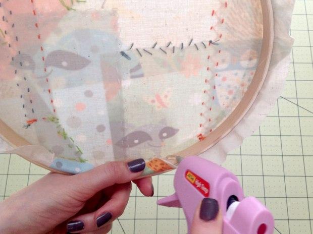 12_glueing_hoop