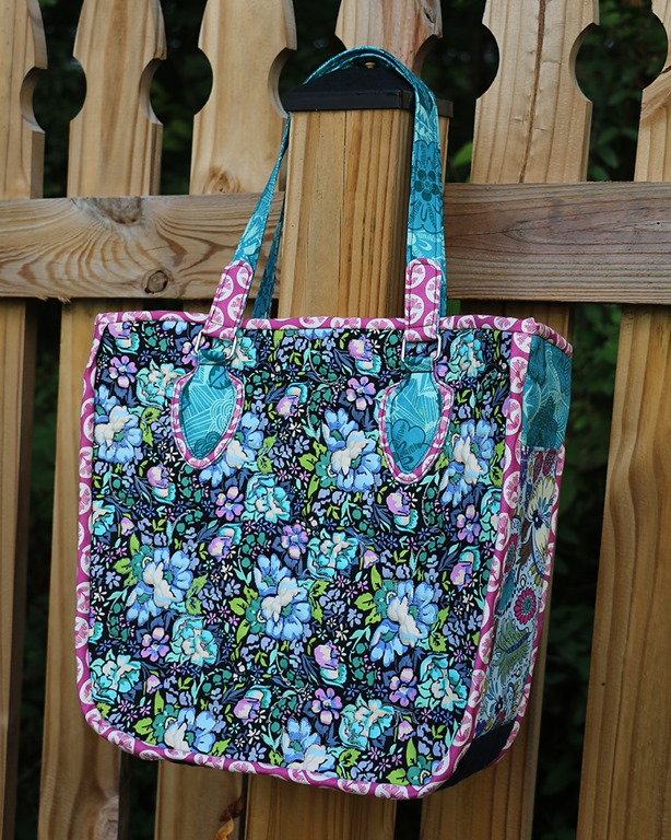 Quilted Tote Bag by Anjeanette Klinder - Uses Flex-Foam 2-Sided Fusible