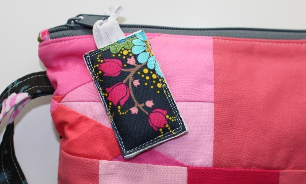 Zipper Pull using Flex-Foam 2-Sided Fusible by Emily Lang of Mommy's Nap Time
